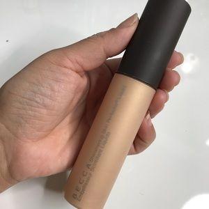 Becca Shimmering Skin Perfecting Liquid Highlight